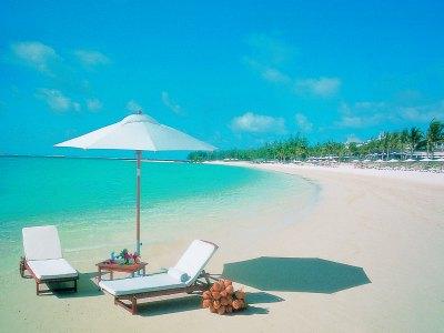 mauritius_residence_beach_01.jpg