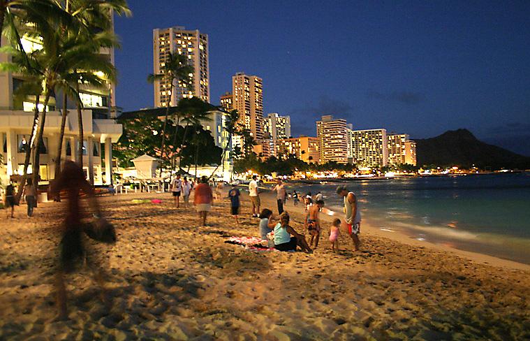 Vos vacances / voyages - Page 2 Honolulu_Waikiki_Beach